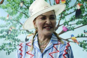 Mадона на 60. рођендан сакупља средства за децу из Mалавиjа