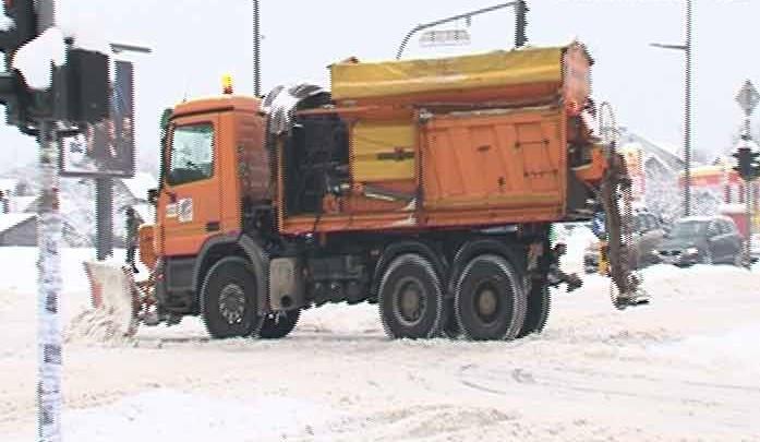 Рад зимских служби